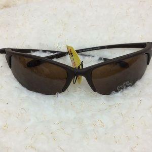 Men's brown sunglasses with brown lenses